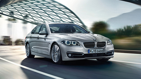 BMW 5 Series Saloon motorway driving conditions