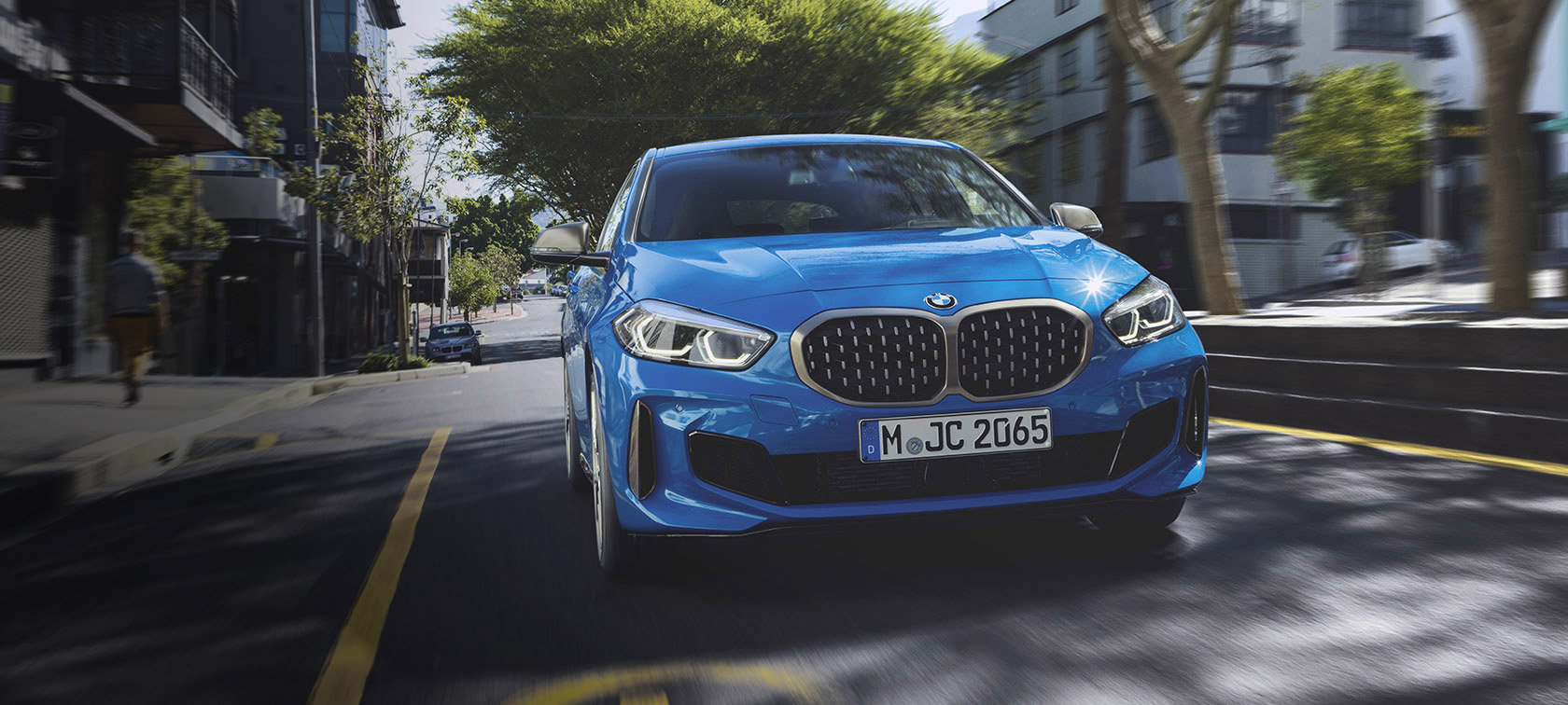 Bmw 1 Series Highlights New Vehicles Bmw Uk